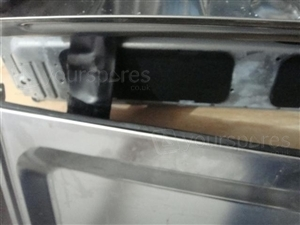 DI620 Lower Door Seal 7