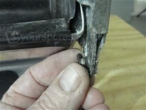 DI620 Door Hinge pin 2