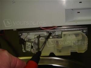 DI620 Soap Dispenser 4a