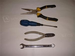 pliers,sidecutters,13mm span,flat screwy